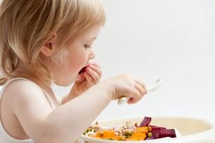 Piramida alimentara la copil