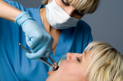 Îngrijirea după extracția dentară
