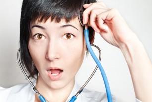 Află 5 feluri prin care propriul creier te păcălește