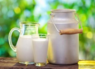 MIT: Laptele cald te ajută să adormi