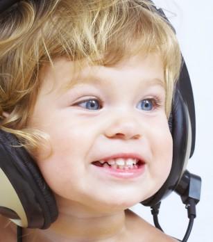 MIT: Ascultarea muzicii clasice te face mai inteligent (efectul Mozart)