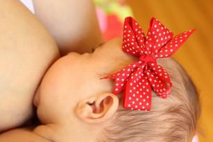MIT: Dacă alăptez nu rămân însărcinată