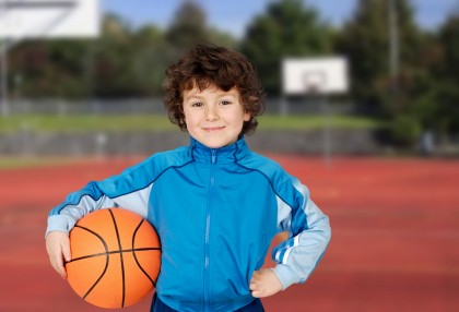Activitatea sportivă după școală îmbunătățește capacitatea cognitivă la copiii de 7-9 ani
