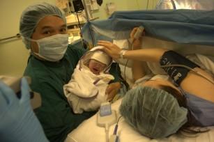 Amintirile despre durerile nașterii sunt influențate de intensitatea lor (nu de durata) și de epidurală
