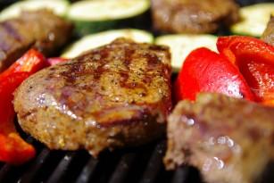 MIT: Dacă renunți la carne îți scade colesterolul