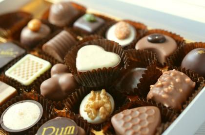 Ciocolata poate scădea riscul cardiovascular