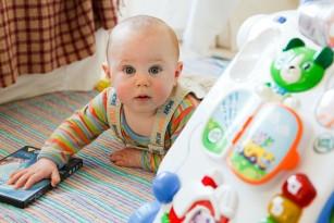 Jocurile și activitățile recomandate în primul an de viață