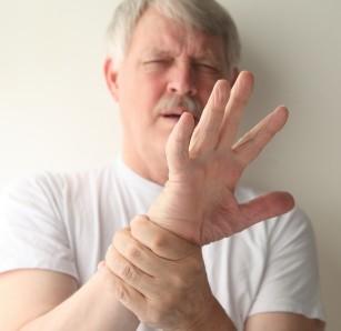 Trosnitul articulațiilor produce sau nu artrita?