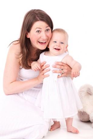 Limbajul mamei influențează dezvoltarea abilităților sociale ale copilului