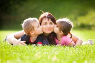 Nașterea mai multor copii ar putea încetini îmbătrânirea la femei