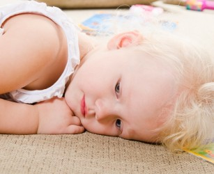 Telemedicina ar putea oferi soluții utile pentru copiii cu autism și familiile acestora