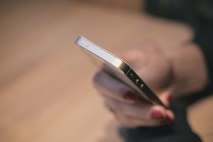 Alertele și notificările de pe telefon ne fac hiperactivi și ne distrag atenția