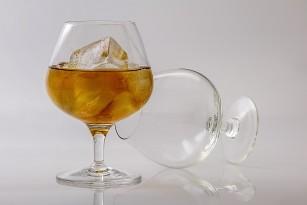 Consumul cronic de alcool inhibă absorbția unor vitamine esențiale