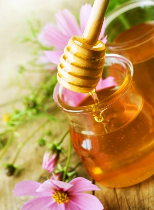 MIT: Mierea este mai sănătoasă decât zahărul