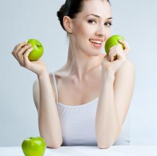 MIT: Fructele trebuie consumate pe stomacul gol