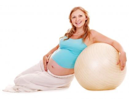 Exercițiul fizic în cursul sarcinii – benefic pentru mamă și bebeluș