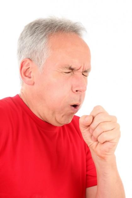 Există 7 factori care pot prezice riscul de pneumonie (studiu)