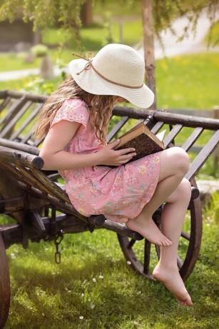 Beletristica ar putea îmbunătăți empatia cititorilor