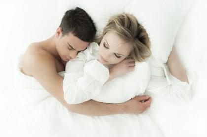 Calitatea somnului influențează nivelul de satisfacție în căsnicie