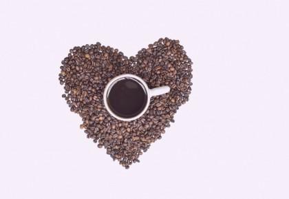 Cofeina ar putea interacționa cu tratamentul hipertensiunii arteriale