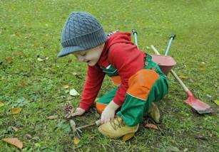 Grădinăritul îi poate ajuta pe copii să își dezvolte anumite abilități de viață