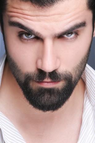 Bărbații cu barbă sunt mai atractivi?