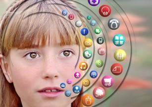 Prezența online a copiilor - potențiale riscuri nebănuite de către părinți