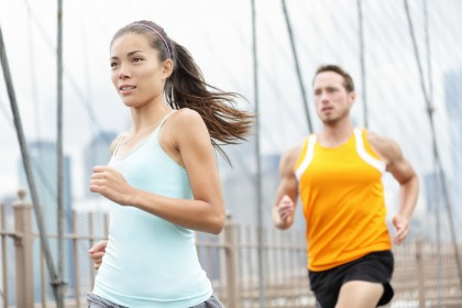 Alergarea ameliorează inflamația genunchiului, contrar așteptărilor