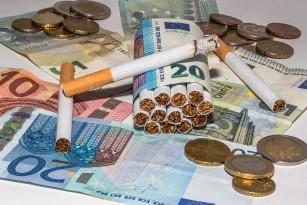 Măsurile pentru reducerea fumatului s-au dovedit cost-eficiente, potrivit unui raport OMS 2017