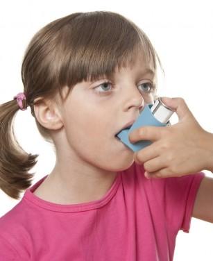 Copiii care suferă de astm sunt predispuși la obezitate