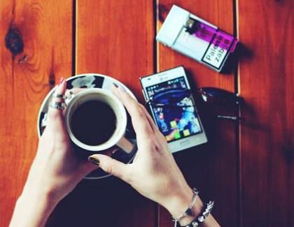 Dorința de a asocia cafeaua cu țigara ar putea fi dictată de gene