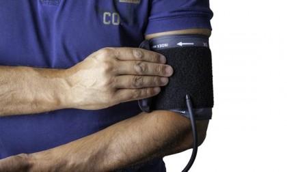 Cum se măsoară tensiunea arterială?