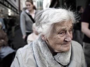 Suplimentele de vitamine E și seleniu nu previn demența