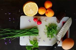 Consumul de fructe și legume poate reduce nivelul de stres la femei