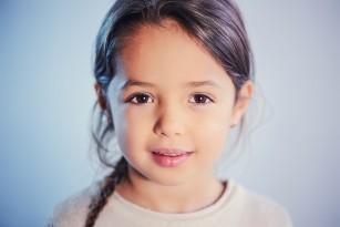 De ce copiii încep să îi înțeleagă pe ceilalți doar după 4 ani?
