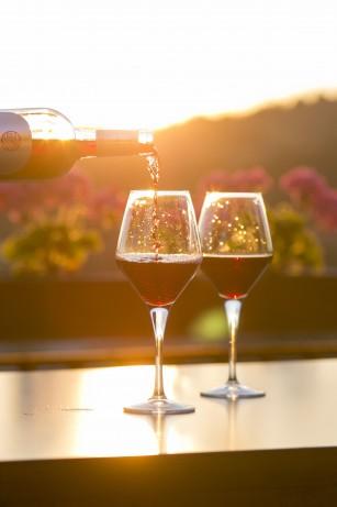 Consumul moderat de alcool pentru o inimă sănătoasă – un mit?