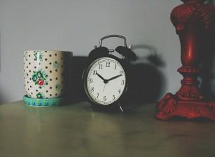 Decalarea programului de somn în weekend este nocivă pentru sănătate