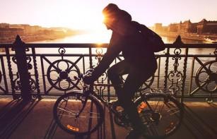Folosirea bicicletei ca mijloc de transport principal poate reduce riscul mortalității