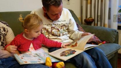 Abundența imaginilor îi poate împiedica pe copii să invețe de noi cuvinte