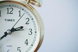 Pentru a slăbi, ora la care mâncăm este mai importantă decât numărul de calorii