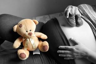 Tulburările de somn în sarcină aproape dublează riscul de naștere prematură