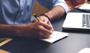 Exprimarea emoțiilor în scris ajută la reducerea stresului