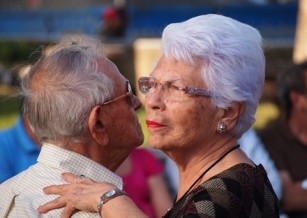 Dansul poate susține îmbătrânirea sănătoasă