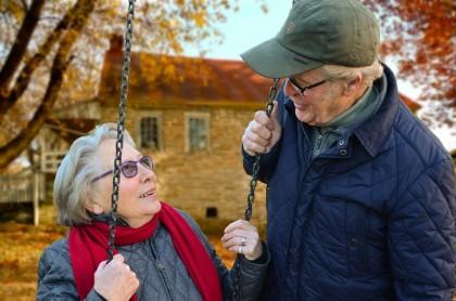 Desfășurarea activităților zilnice are o importanță vitală pentru femeile vârstnice