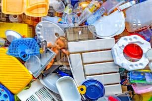 Riscurile disruptorilor endocrini din mediu și alimente