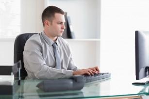 Postura corectă la birou