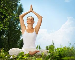 Yoga ar putea reduce inflamația din sindromul metabolic