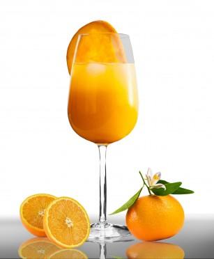 Fructul întreg vs. sucul natural din fructe pentru o greutate sănătoasă