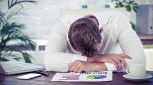 De ce mă simt obosit tot timpul?