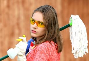 Declinul funcției pulmonare la femeile care utilizează frecvent produse chimice de curățare